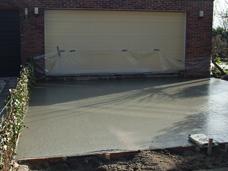 betonvloer egaliseren terras